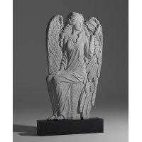 Резной памятник в виде ангела из габбро-диабаза