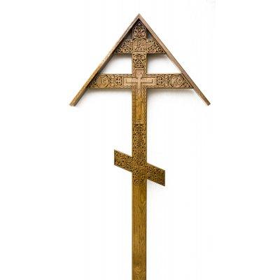 Крест из дуба с крышей (арт. 0.3)