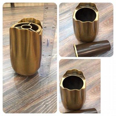 Бронзовая ваза Caggiati